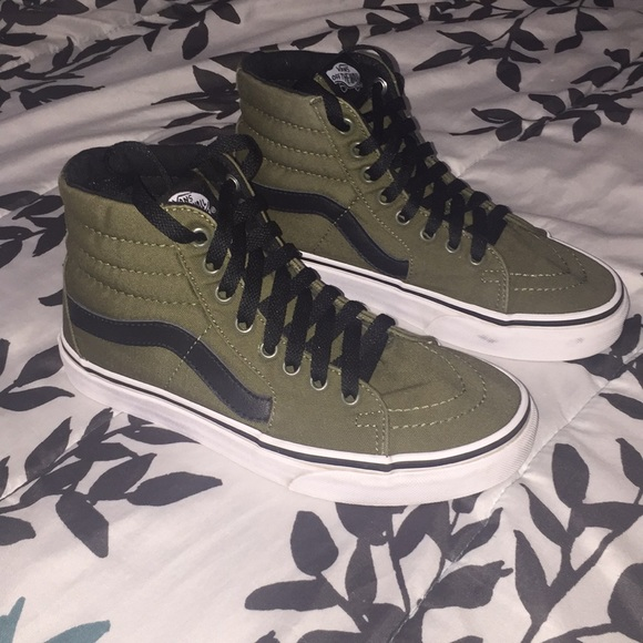 many choices of where can i buy modern design Army green black striped ankle high vans.